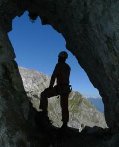 22 Agosto 2010: secondo weekend di scavo, l'ingresso della grotta